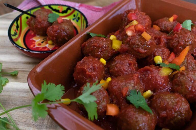 albondigas de salsa diner